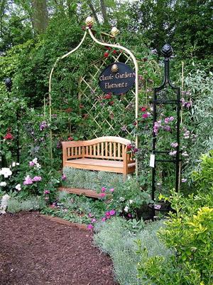 Украсить садовый участок с фото